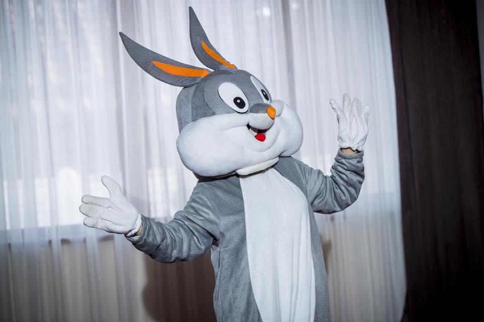 Bugs Bunny ursitori Craiova